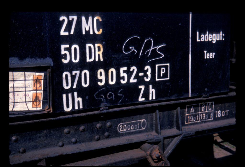 Tank car of the Deutsche Reichsbahn for tar shipments.